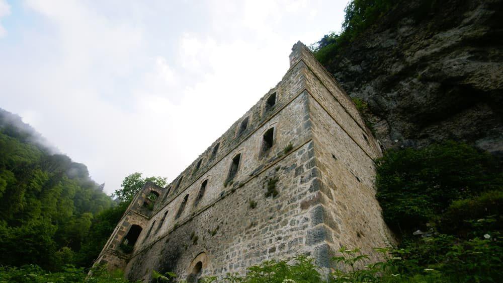 Vazelon Monastery