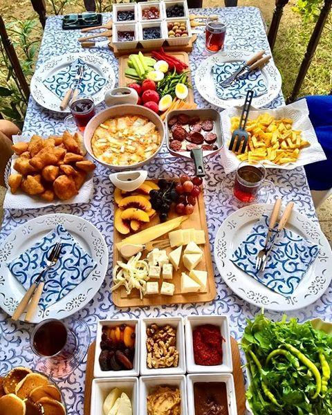 turkish tradinatioanal breakfast